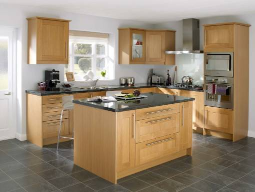 main image of Shaker Solid Oak1